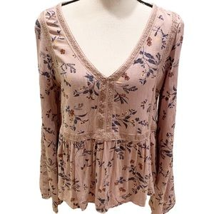 AEO Floral Boho Top Blush Pink Bell Sleeves Sz M